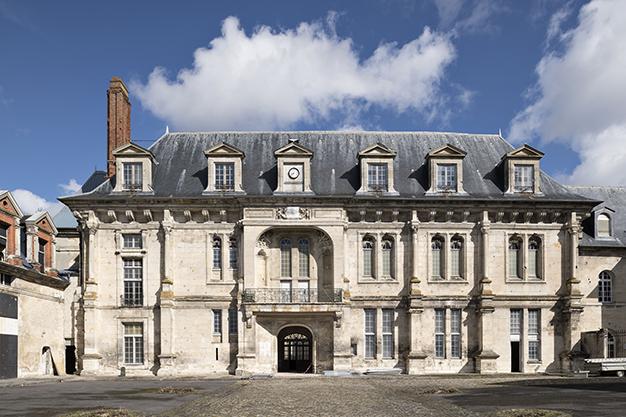 Château de Villers-Cotterêts, logis, aile sud, façade sur cour © Benjamin Gavaudo / Centre des monuments nationaux