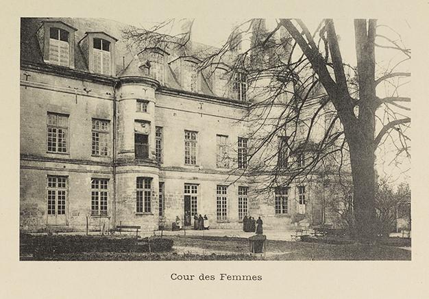 Cour des Femmes