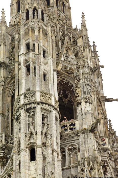 However The Entire Building With Exception Of Crypt And Facade Was Destroyed By Fire Construction Work Began On Gothic Cathedral