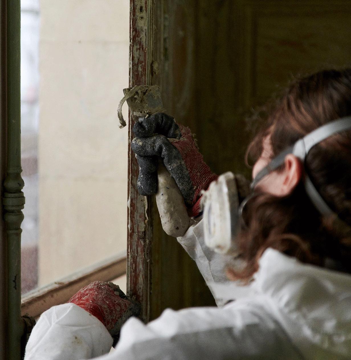 Mise à jour des décors d'origine grâce à l'intervention de restauratrices du patrimoine