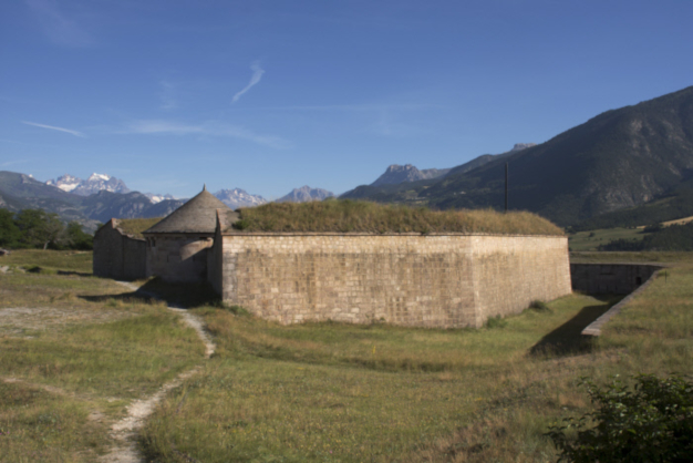 photo fortifications montagne remparts